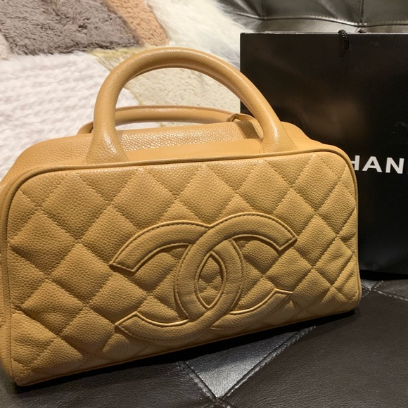 9970e2fe1f17 CHANEL Handbags - Chanel Caviar Timeless CC Bowler Beige Small Bag